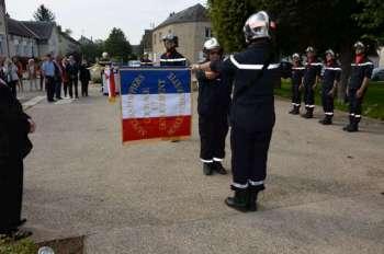 remise_drapeau_Beauce-et-Chalouette